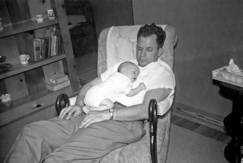 Oscar and Linwood Napping 7 Weeks