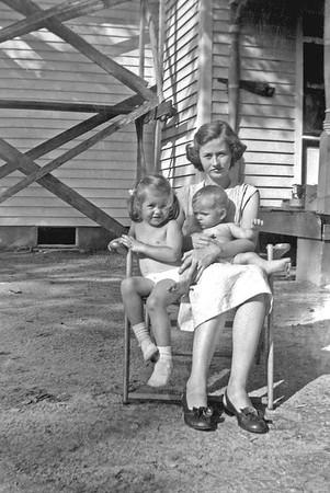 Virginia, Diane and Carolyn at Duke Home circa 1950