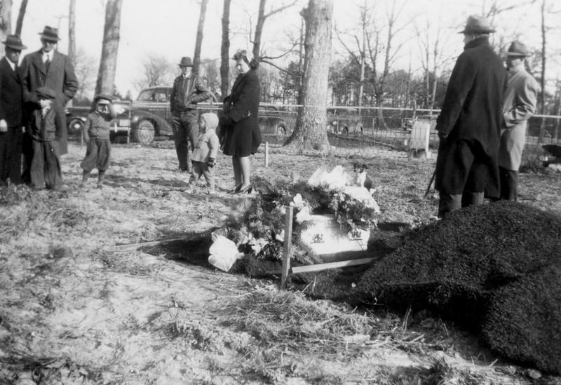 Burial of Earnest Jr. Jan 1943