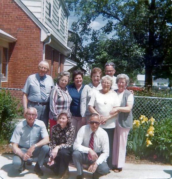 Dukes at Lois's May 1979