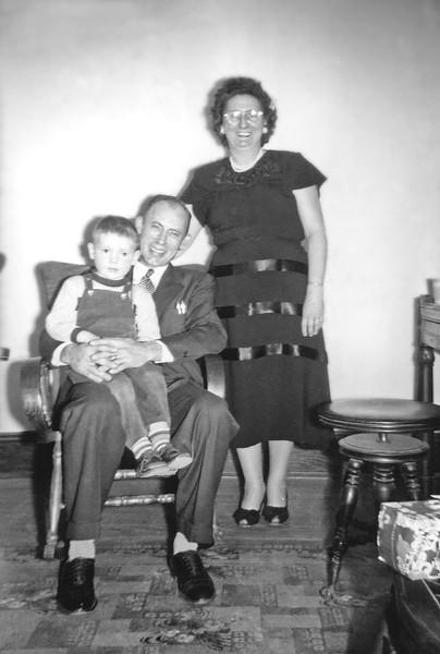 Jimmy, Dorothy and Jimmy Jr