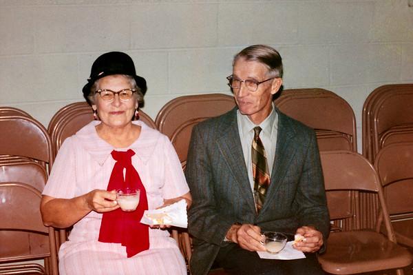 Gayle and Bill Wedding Nov 6, 1971