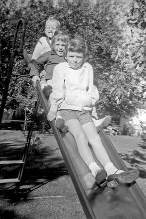 Linwood, Pat, Nancy Oct 1958