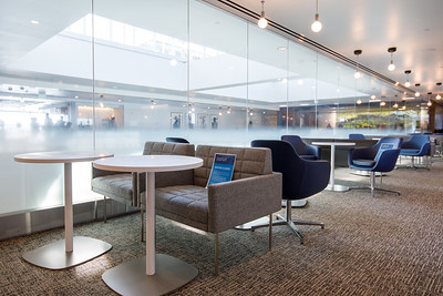 012721_services_amex_lounge-027