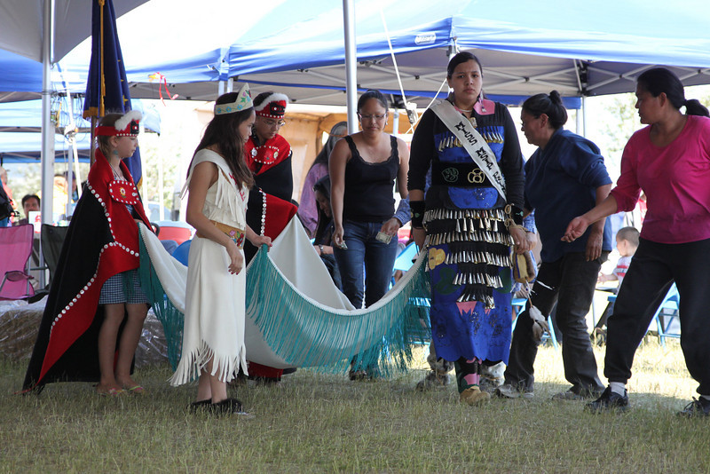 These young ladies performed a blanket dance to raise donations for Bird TLC.