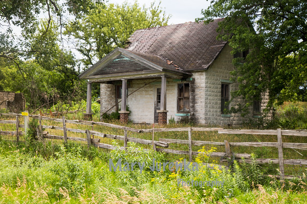 Abandoned House in Pilot Mound, Iowa