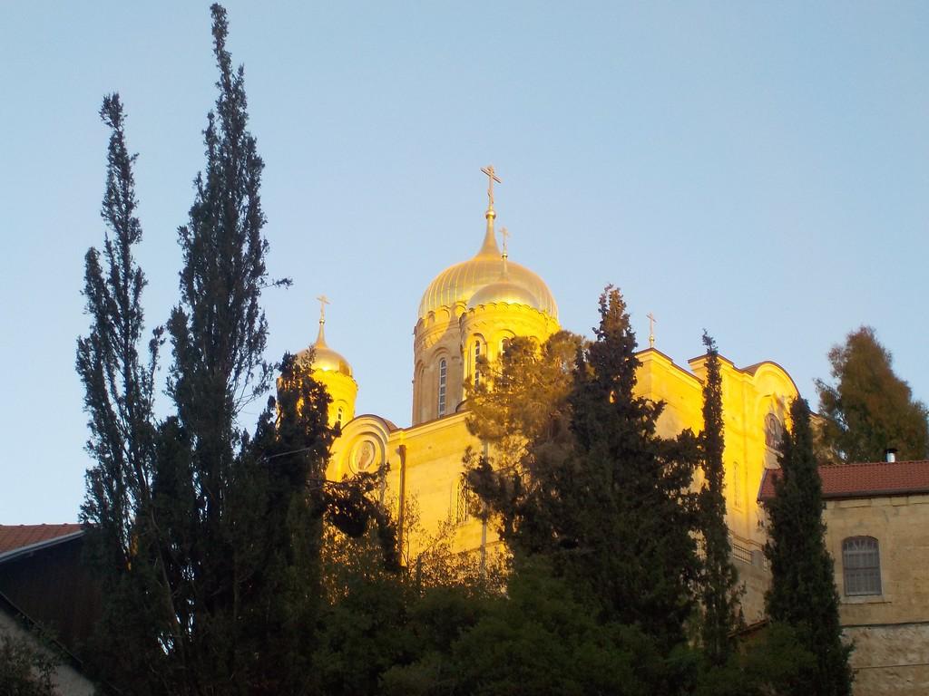 Храм Всех Святых в земле Российской просиявших