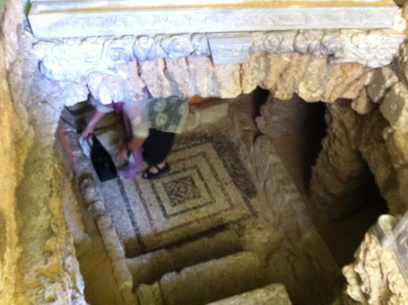 Гробница праведной Тавифы. Мозаичный пол византийского периода