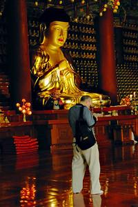 BuddhaBDay-9004-rev1-Web700