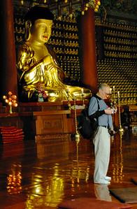 BuddhaBDay-9005-rev1-Web700