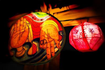 20130517_Jogyesa_Hands_Lantern-8606