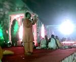 Clip of Swami Swaroopanandaji's talk at Chinmaya Mision's Maha Jnana Yajna - Chant Mumbai Shaant Mumbai'. Hanuman Chalisa chanting at Andheri Sports Complex, Mumbai. Also see  http://www.hanumanhavan.com/  Click on the > icon to play and see the multimedia video.
