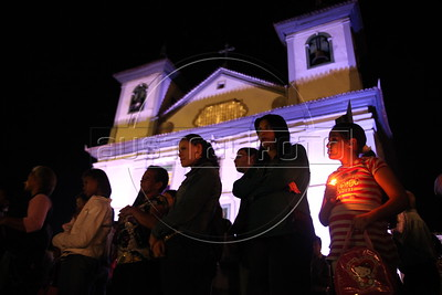 Worshipers participate in a Good Friday procession in the historic city of Mariana in the southeastern Brazilian state of Minas Gerais. (Douglas Engle/Australfoto)