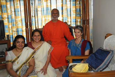 Swami Ishwaranandaji visiting families after the Geeta Gyan Yagna held at Raheja Vihar Complex, Powai. Swamiji is currently located in Chinmaya Missions's California Centre.