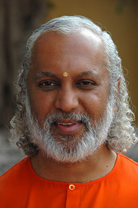 Swami Ishwarananda of Chinmaya Mission