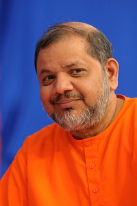 Guruji - Swami Tejomayanandaji at Chinmaya Mission's International Camp, Dec 26th to Jan 1st, 2009 held at Chinmaya Vibhooti, Kolwan, Maharashtra, India.