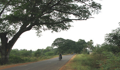 and 3 kilometers to Vijnananilayam, to the right, where SCJs students study theology.