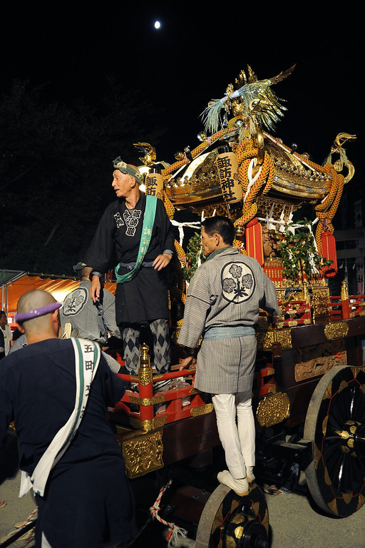 Preparing the mikoshi