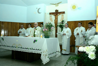 Fr. Attilio Zorzetti, SCJ  (Provincial of SCJ Argentine Province) accepted the Final Vows in the name of the Congregation.