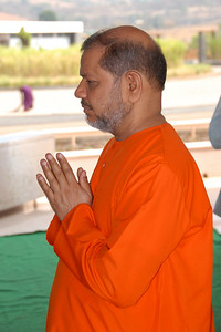 07040028 - Guruji (Swami Tejomayanandaji) at the Hanuman Temple, Chinmaya Vibhoothi, Kolwan, Maharashtra, India.