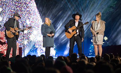 National Christmas Tree, James Taylor, Garth Brooks, Trisha Yearwood.