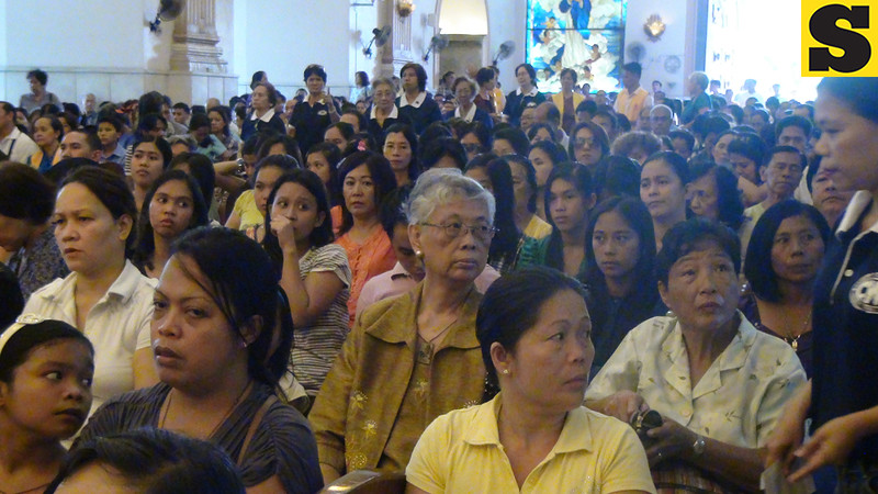 People on Palm Sunday at the Cebu Metropolitan Cathedral
