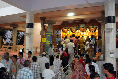 Devotees throng to the temple on Maha Shivaratri (Mahashivratri) which is being celebrated at the Chinmaya Mission, Sandeepany, Powai on Monday, February 23rd, 2009.  Lord Jagadeeswara's temple is located within Chinmaya Mission's Sandeepany Sadhanalaya and situated on a hill top.
