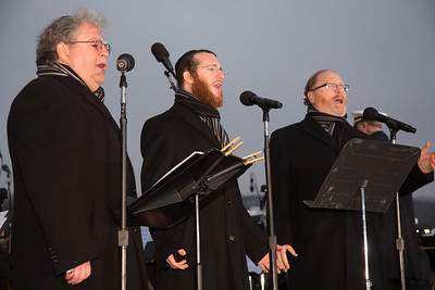 """The Three Cantors"" Three world acclaimed cantors sing Chanukah songs - Yaakov Lemmer, Yaacov Motzen,and Jeffrey Nadel"