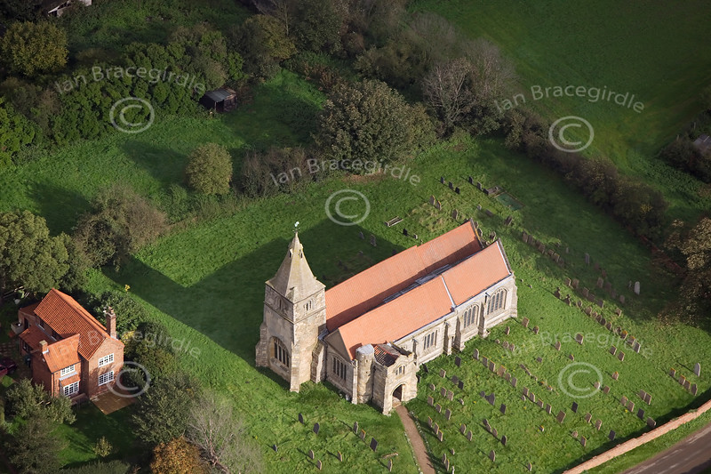 Aerial photo of Holme Church.