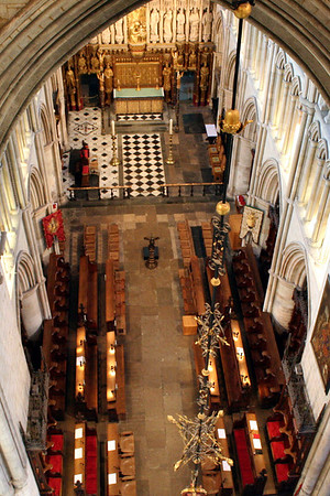 2 June 2011 The chancel of Southwark Cathedral from the the gallery at the top of the tower space.