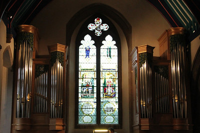The 1932 West Window and the 2009 Kenneth Tickle Organ. 15 July 2011