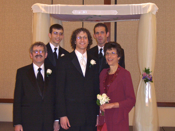 #8 - family at Doron's wedding (1 of 12)