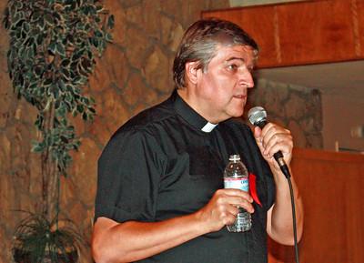 Fr. Helmut Schuller addresses the crowds in Pasadena, CA