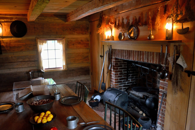 Main living area, Smith Family Cabin