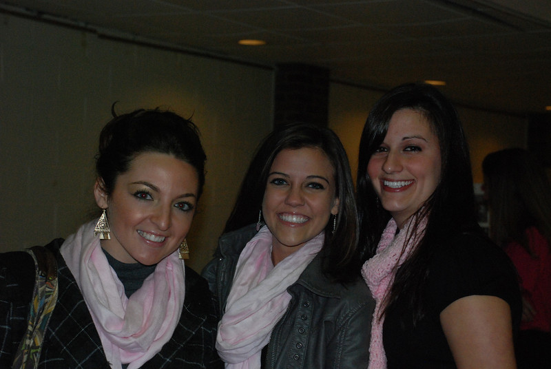 Kaitlyn Carullo, Jackie Cahill and RAchael Kemmey.