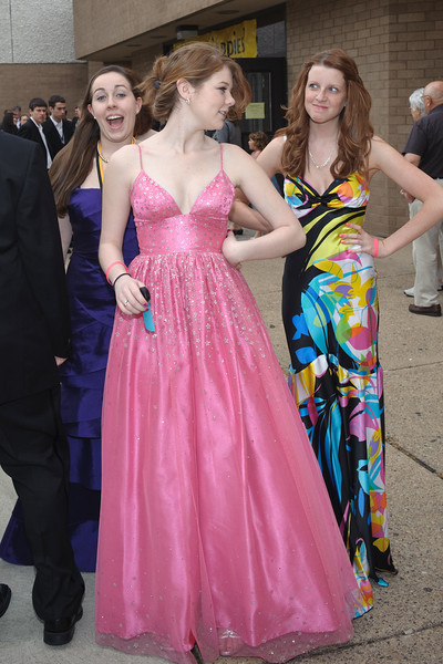 Annamarie Filippone (left),Elizabeth Gallagher and Holly Heneks