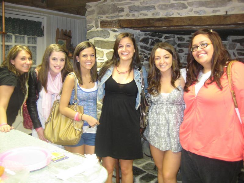 Lisa, Amber, Jackie, Rachael, Kaitlyn and Tori