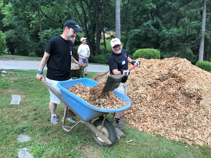 OK Joel. At least you are holding the wheel barrow! Day of Service 2018 — with Joel Feldman and Michael Monheit
