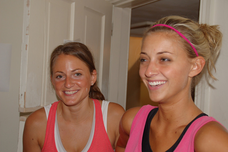 Danielle (L) and Kristie Gibson