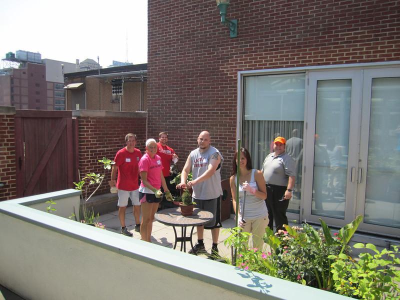 Volunteers assist with the many gardens at Magee. Scott Thornton (L), Danielle Gibson, John Pokiniewski, Bobby Gibson, Melissa Hague and Steve Pokiniewski