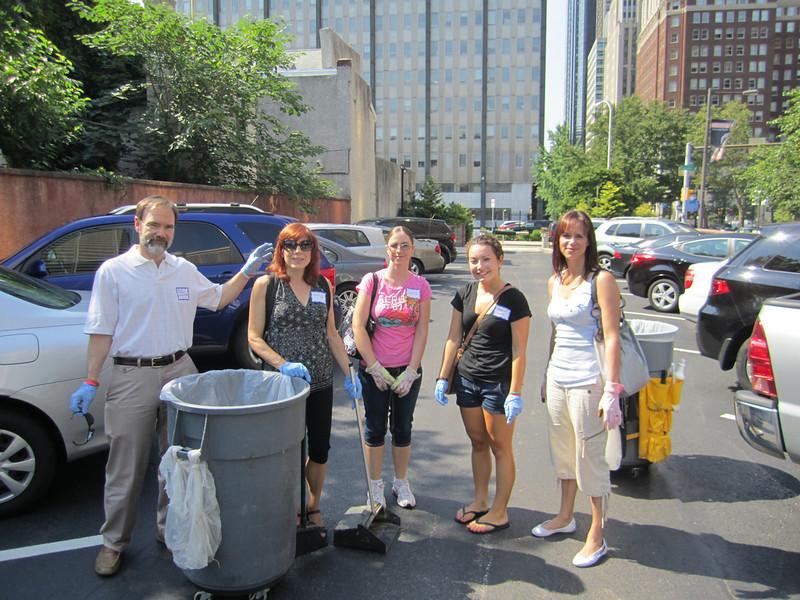 Volunteers pause for a photo. Joel Feldman (L), Mary Corey, Jackie Fedeli, Margaret Ciavarelli and Melissa Hague