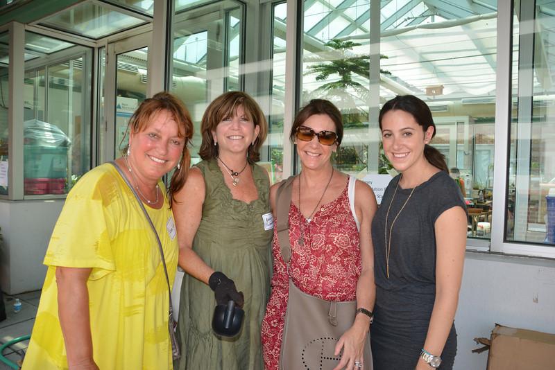 Renee Liss (L), Madeline Rubenstein, Faith and Gabrielle Weiss
