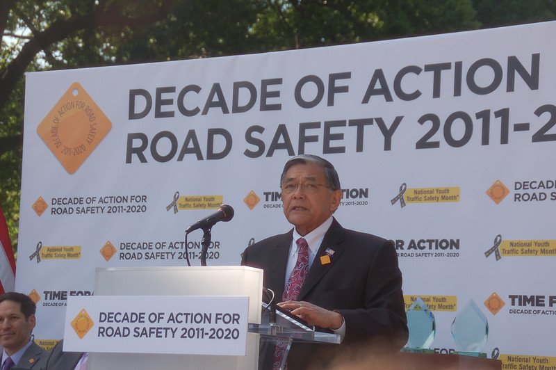 The Honorarable Norman Y. Mineta, former U.S. Secretary of Transportation,  Chariman, Make Roads Safe North America, and U.S. Member, Commission for Global Road Safety addressing the crowd