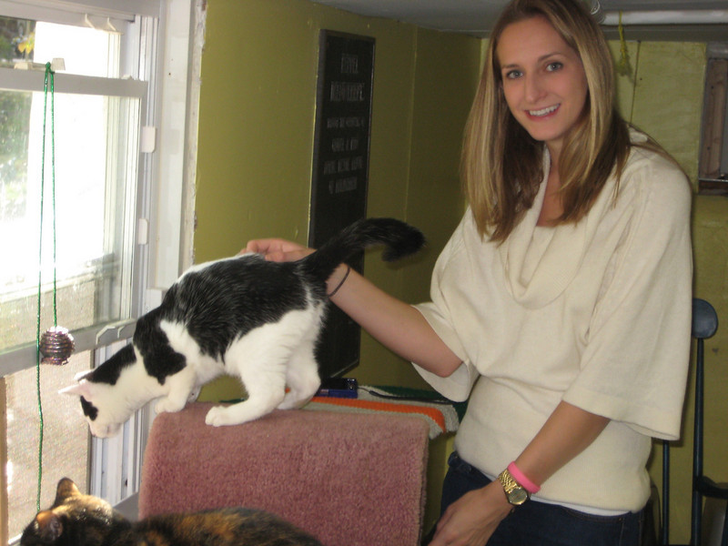 Oct. 22,2010 We delivered blaankets and towels to Francisvale animal shelter. Brooke wants a kitty!