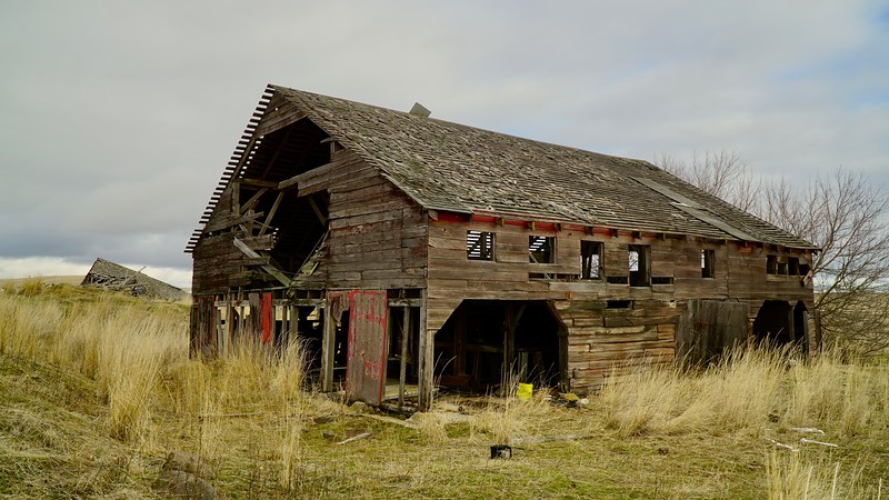 Decaying Barn, Centerville Highway, Washington