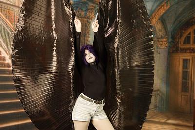Black Wings 01