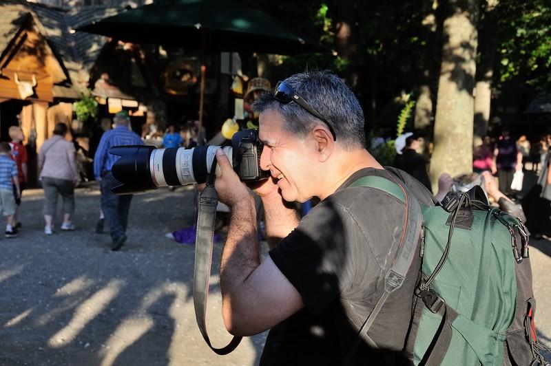 Photographer who made the mug shot I use on this site.  -- Tom