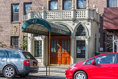 47 Plaza Street West