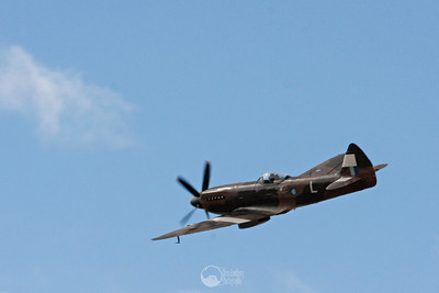 N749DP Spitfire XIV
