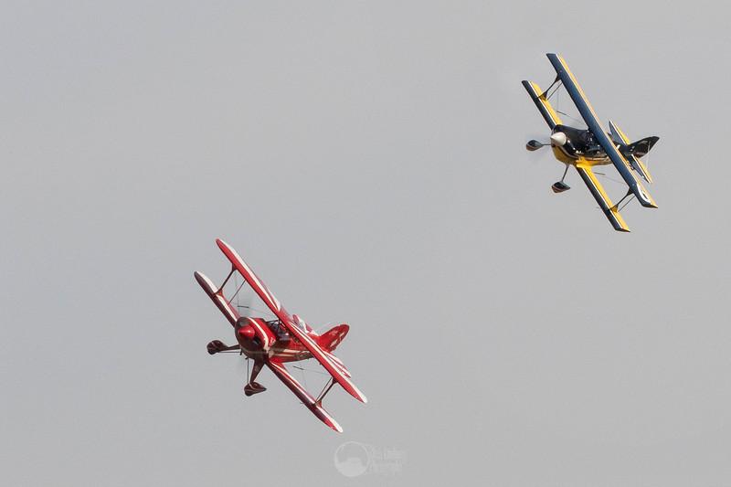 Biplane Silver Race